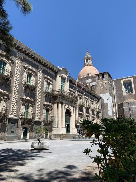 Ventiquattro ore a Catania
