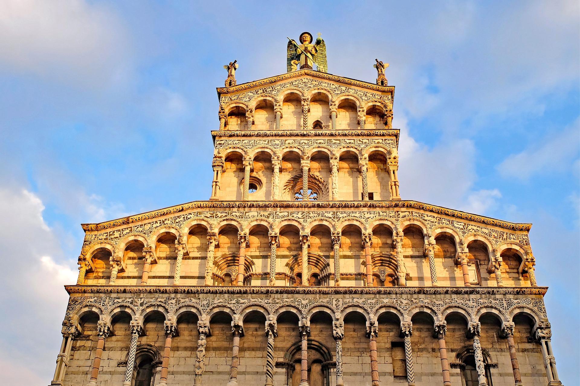 Toccata e fuga a Lucca, la perla della Toscana